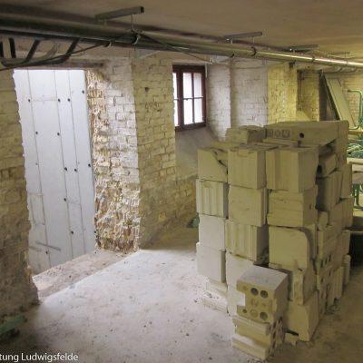 Durchbruch für den Kellereingang des Aufzugs