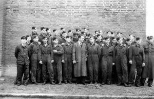 Militärschüler bei Daimler-Benz