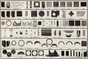 Arbeiten der auszubildenden Metallflugzeugbauer