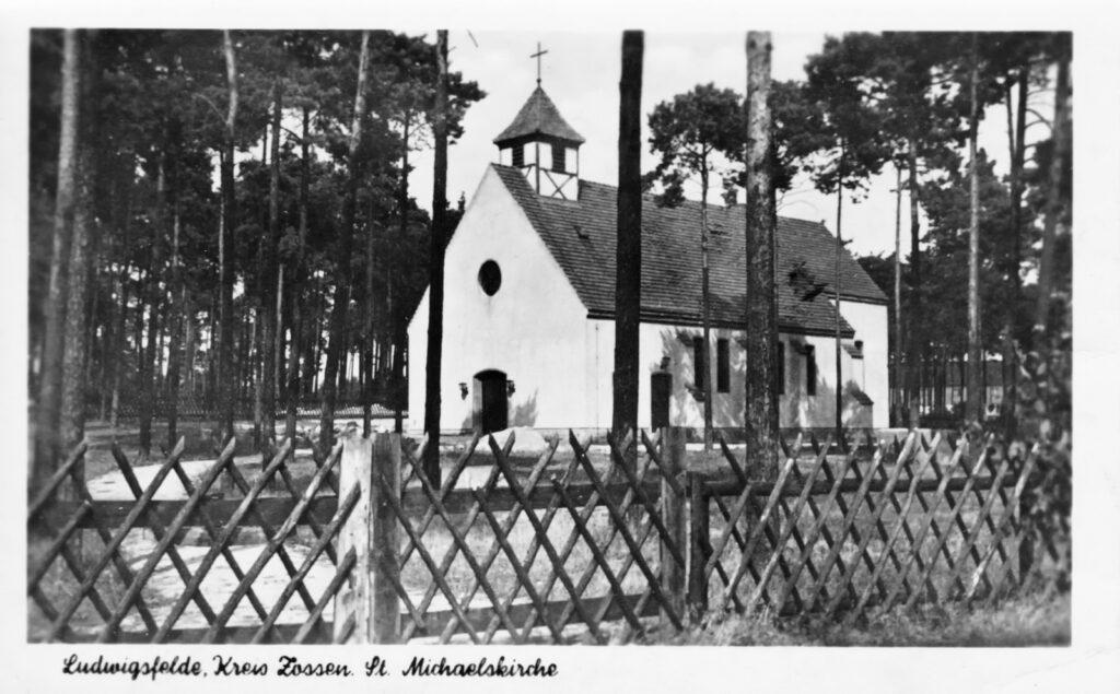 Außenansicht der fertigen Kirche